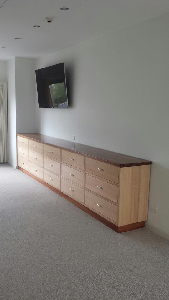 Tasmanian Oak Amp Blackwood Drawer Unit
