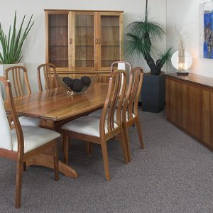 6 seater Boat Dining Table