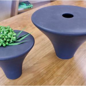 Large Vase / Small Vase