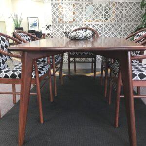 Manuella Dining Table